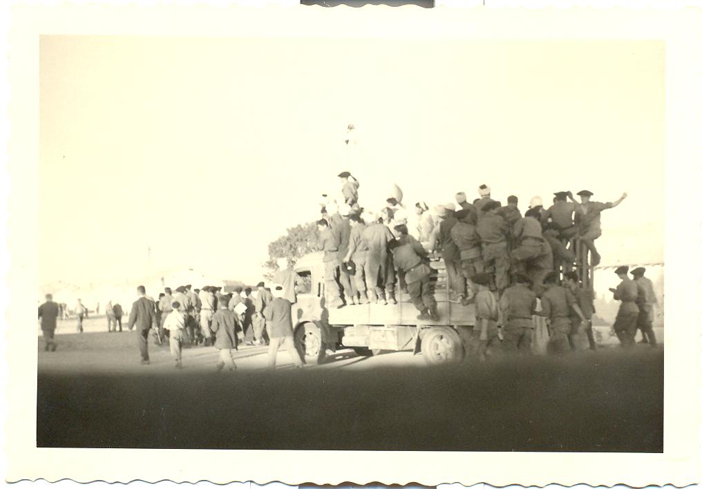 civils-et-militaires-fsna-de-la-413-ufl-1-juillet-1962.png